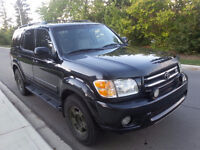 2004 Toyota Sequoia Leather SUV, Crossover