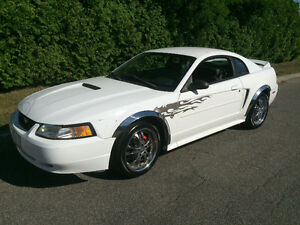 """Ford Mustang 35e anniversaire Cuir Mags 18"""" Seulement 122 000 KM"""