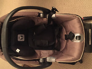 Peg perego baby seat and stroller West Island Greater Montréal image 2