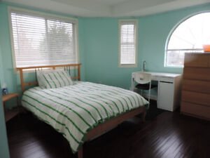Room 4 rent Burnaby SFU