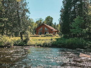 CHALET FOR RENT on water with spa cold/hot-1 July -1hr from Mlt