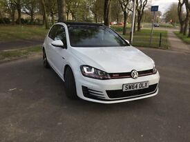 VW Golf 2.0 Mark 7 GTI Performance Pack (2015), Luxurious and like new!!