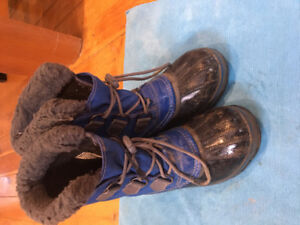 Sorel winter boots, youth size 3