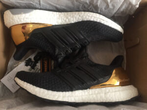 ADIDAS ULTRA BOOST 2.0 GOLD MEDAL SIZE 5.5 KIDS (6.5 WOMEN)
