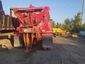 camion saleuse avec gratte 5 tonnes