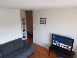 4 1/2 in Pierrefonds available Oct 1st