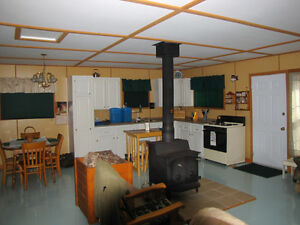 3 BEDROOM COTTAGE/ Mcdougal Lake / Camp