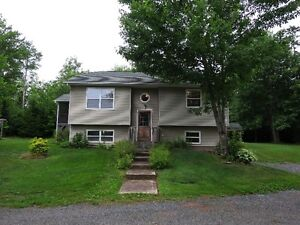 3 Bedroom with Double Garage on 2 acre lot!