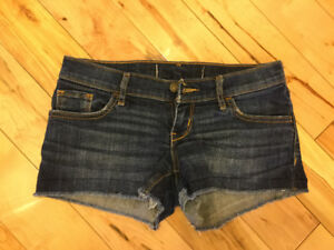 Hollister jean shorts size 1 (women's)  NEW
