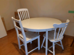 DINING,COFFEE & END TABLE,COUCH,LOVESEAT,NIGHTSTAND,BENCH,CHAIR+