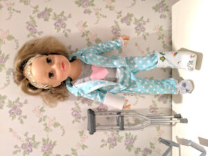Journey Girl medical set- includes doll and outfit