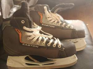 In New Condition Easton Size 11 Mens Hockey Skates.
