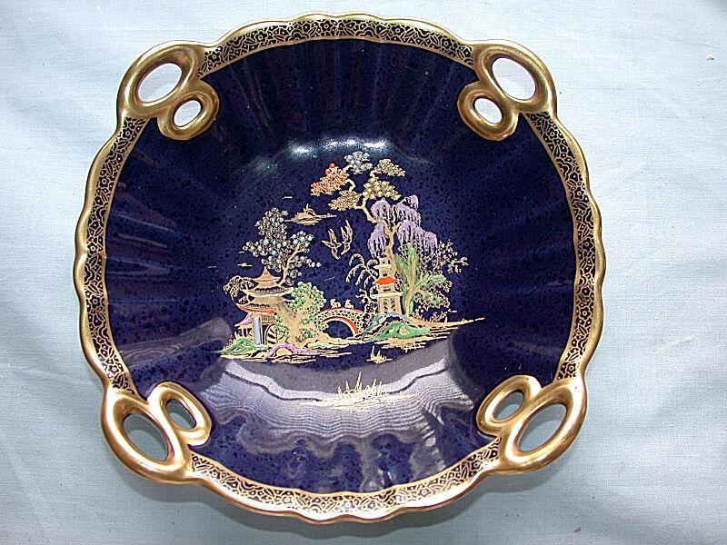 Beautiful Vintage Crown Devon England Fieldings Bowl