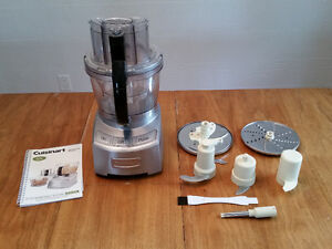 Cuisinart 12-cup food processor and accessories