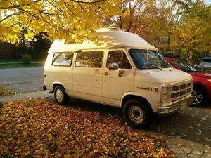 Camper Van Excellent Condition BRAND NEW ENGINE and much more