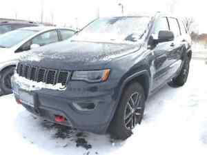 2017 Jeep Grand Cherokee Trailhawk, V8, Safety, DVD, Luxury, 3,2