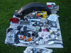 lot de pîeces harley davidson. hd parts lot