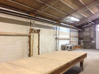 Warehouse/office/shop for rent or lease