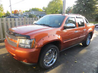 2008 4 X 4 FULLY LOADED AVALANCHE LTZ