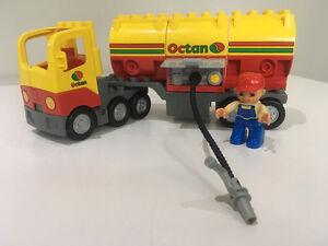 Lego Duplo Camion citerne (5605) et camion pompier (4977) Saguenay Saguenay-Lac-Saint-Jean image 1