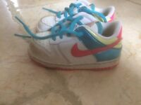 Nike trainers size 6 junior