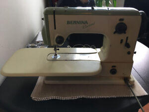 Bernina Record Model 530 - Vintage Sewing Machine