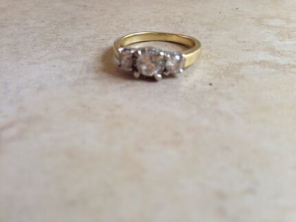 18ct gold diamond ring Rosebery Palmerston Area Preview
