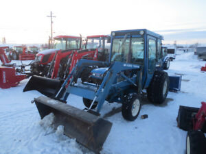 1993 Ford 1920 4wd cab loader and blower
