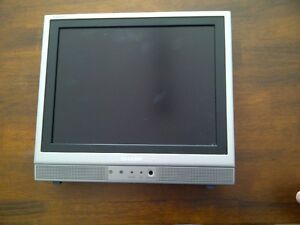 TV pour bateau Sharp Aquos LC-13S1US 13-Inch Flat-Panel LCD TV,