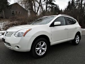 2008 Nissan Rogue SL, Leather/sunroof, No Accident, AWD!!!