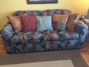 Loveseat/Hide-a Bed in Good Condition