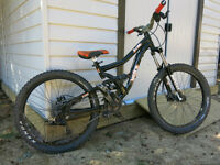 2009 Norco B-Line Full suspension DH/Freeride