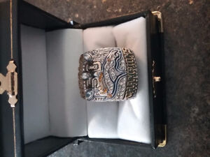 2016 replica   Manning Super  Bowl ring