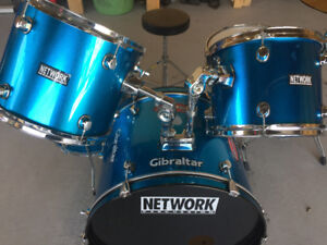 5 Piece Drum Set in very good condition with hard ware
