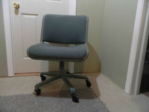 Adjustable Roller Chair for Comp. or rec room