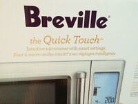 Micro ondes Breville Quick Touch (BMO734XL) - Neuf