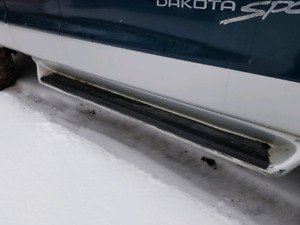 Dodge Dakota running boards