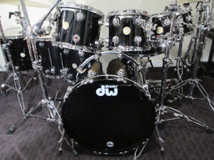 DW. Drum Workshop Collectors 8pc.Drum Kit, Gold badge. Like New.