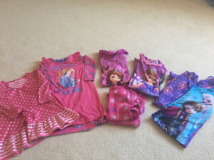 Girls Disney princess and other pjs sizes 3-5-7