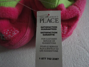 Brand new with tags kid's fleece slippers shoes size 3-4 Pink London Ontario image 8