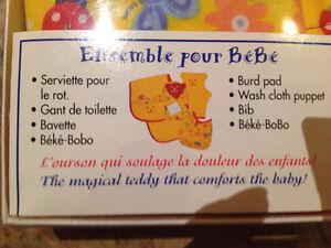 Ensemble cadeau Béké Bobo, serviette, gant de bain, bavette NEUF Saguenay Saguenay-Lac-Saint-Jean image 2