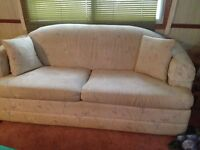 Pull Out Couch!! FREE