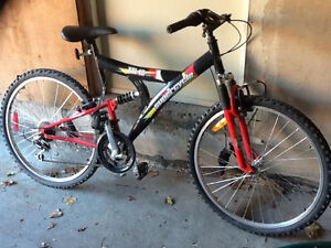 """Supercycle KT-10 - 26"""" bike - priced to sell - needs new steerin"""