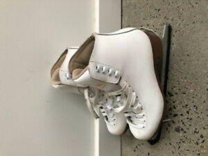 Girl/Women's Figure Ice Skates by Jackson  (Lightly Used)
