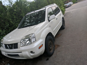 Nissan X-Trail 4x4 LE FULLY LOADED MUST See!