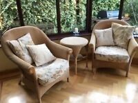 Conservatory furniture . 5 pieces Lloyd Loom style