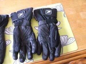 Insulated and non-insulated riding Gloves St. John's Newfoundland image 3