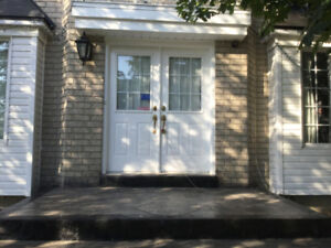THREE plus 2 Bedrooms - Great location Great Home for Lease