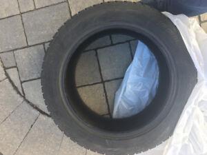 4 pneus hiver Bridgestone Blizzak 245/55R19