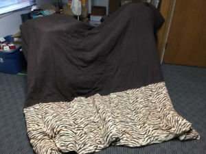 King size comforter/ sheets, pillow covers